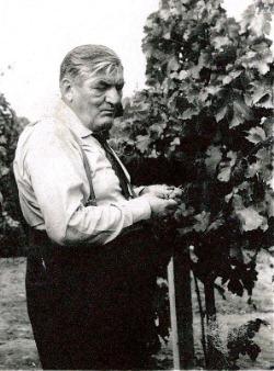 Lengyel Béla, az első igazgató